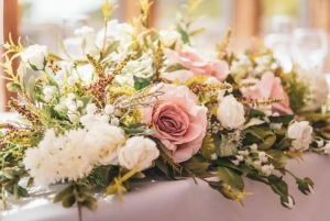 silk flowers in blush pink toptable